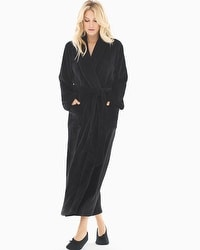 Embraceable Long Plush Robe Black
