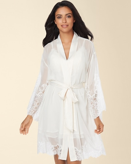 Signature Floral Lace Short Robe Ivory