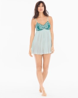 Delicate Floral Lace Pleated Babydoll