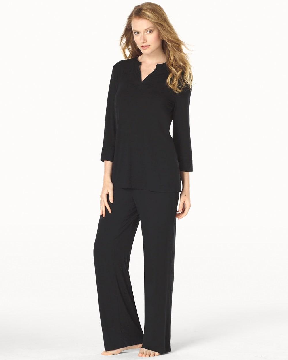 69ac05c220 Return to thumbnail image selection Popover Pajama Top Black