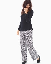 Cool Nights Scoopneck Long Sleeve Pajama Set Jaguar Mini Ivory Black